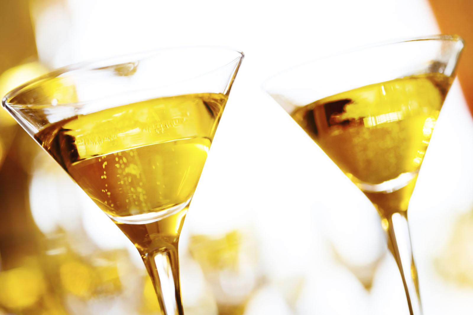 smooth liquid gold nail polish